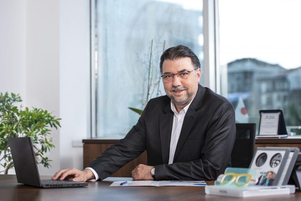 Hoya Türkiye Satış ve Pazarlama Direktörü Hakan KAYRA - Ege İdea Dergi