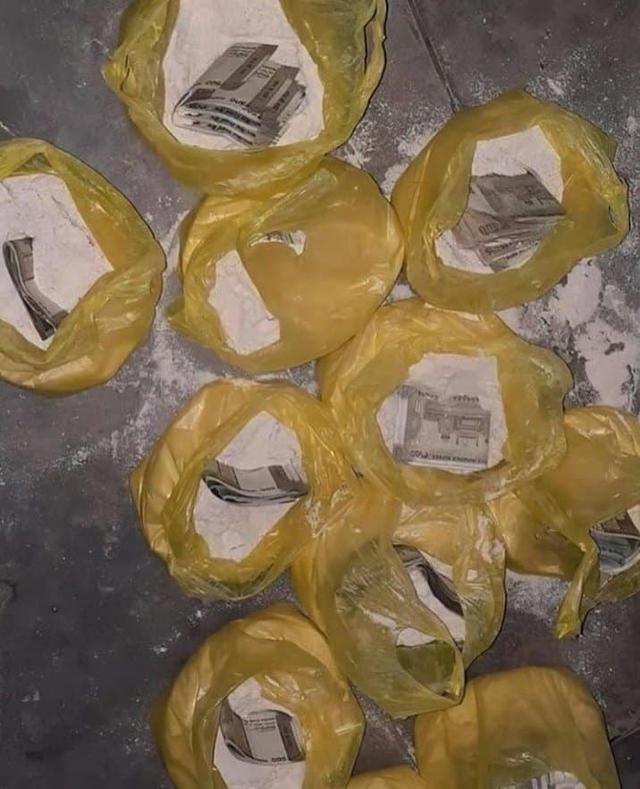 Ünlü aktör ve yönetmen Aamir Khan'dan film gibi yardım. Parayı un paketinin içine sakladı.- Ege İdea Dergi- Didim